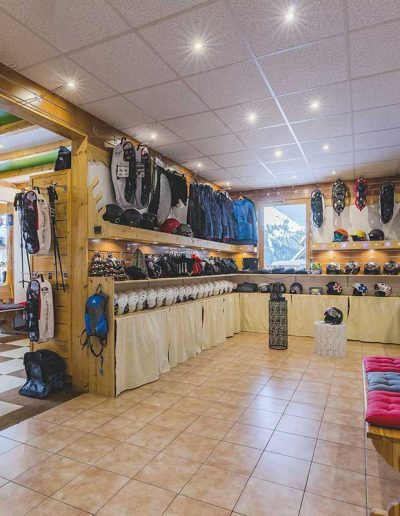 lesarolles_skishop_hd_updated
